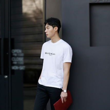 GIVENCHY More T-Shirts Street Style T-Shirts 12