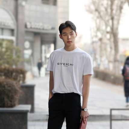 GIVENCHY More T-Shirts Street Style T-Shirts 16