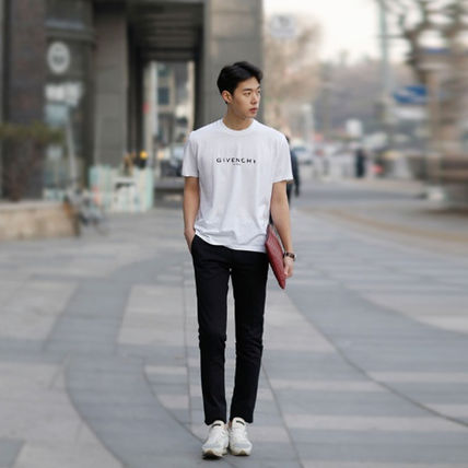 GIVENCHY More T-Shirts Street Style T-Shirts 17