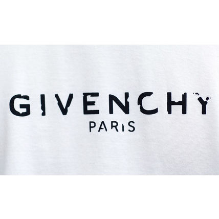 GIVENCHY More T-Shirts Street Style T-Shirts 19