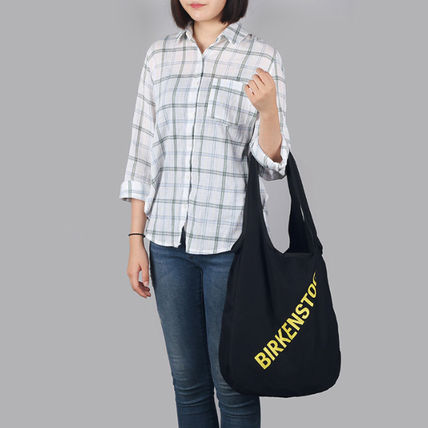 Casual Style Unisex Street Style Logo Shoulder Bags