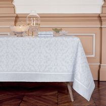 Yves Delorme Tablecloths & Table Runners