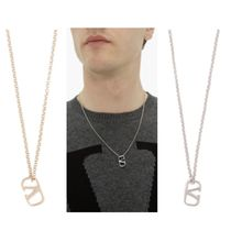 VALENTINO Unisex Necklaces & Pendants