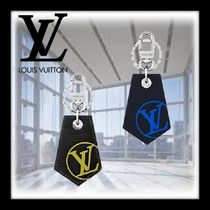 Louis Vuitton EPI Street Style Plain Leather Keychains & Holders