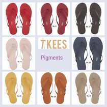 TKEES Round Toe Casual Style Plain Leather Flip Flops Flat Sandals