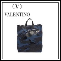 VALENTINO Camouflage Unisex A4 Totes