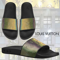 Louis Vuitton Monogram Unisex Street Style Shower Shoes Shower Sandals