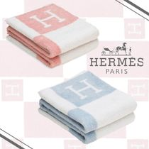HERMES Unisex Plain Black & White Bath & Laundry