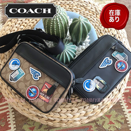 a56261eb5d2f Unisex Canvas Blended Fabrics 2WAY Messenger & Shoulder Bags. Coach. Unisex  ...