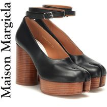 Maison Martin Margiela Wedge Round Toe Plain Leather Elegant Style