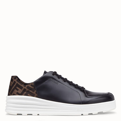 FENDI Sneakers Monogram Plain Leather Sneakers 2