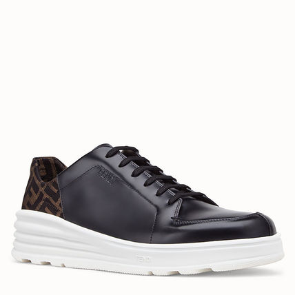 FENDI Sneakers Monogram Plain Leather Sneakers 3