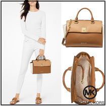 Michael Kors Unisex Street Style Plain Leather Elegant Style Handbags
