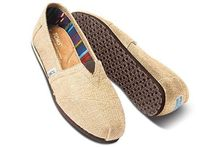 TOMS Plain Loafers & Slip-ons