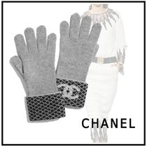 CHANEL 2019-20AW GLOVES gray & black gloves