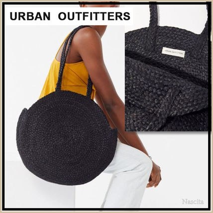 Street Style A4 Plain Straw Bags