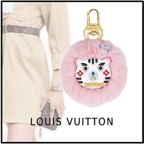 Louis Vuitton 2019-20AW WILD FUR CAT BAG CHARM AND KEY HOLDER pink