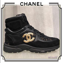CHANEL Lace-up Low-Top Sneakers