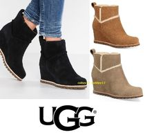 UGG Australia Plain Toe Casual Style Plain Leather Wedge Boots