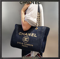 CHANEL DEAUVILLE Unisex Chain Mothers Bags