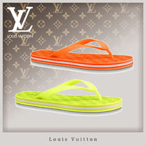 Louis Vuitton Unisex Street Style Shower Shoes Shower Sandals