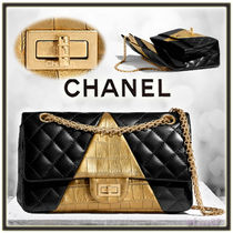 CHANEL MATELASSE Lambskin Bi-color Chain Other Animal Patterns Elegant Style