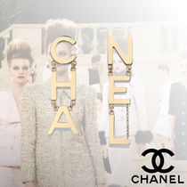CHANEL With Jewels Elegant Style Fine