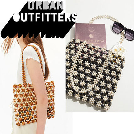 Flower Patterns Studded Crystal Clear Bags With Jewels