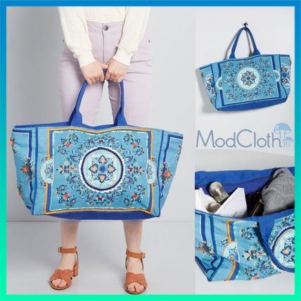 Flower Patterns Casual Style Totes