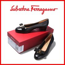 Salvatore Ferragamo Street Style Leather Pumps & Mules