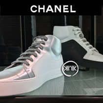 CHANEL Bi-color Plain Leather Sneakers