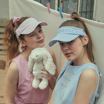 Street Style Hats & Hair Accessories