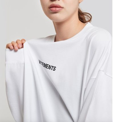 VETEMENTS More T-Shirts T-Shirts 3