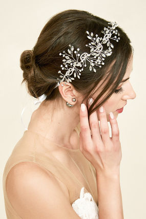 TADASHI SHOJI Flower Patterns Wedding Accessories