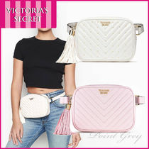 Victoria's secret [Victoria's Secret] Studded V-Quilt Belt Bag