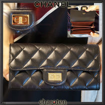 CHANEL MATELASSE Unisex Calfskin Bi-color Plain Bold Long Wallets