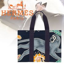 HERMES Flower Patterns Tropical Patterns Casual Style Canvas Bags
