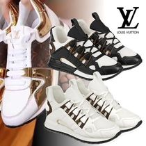 Louis Vuitton Round Toe Rubber Sole Casual Style Leather Low-Top Sneakers