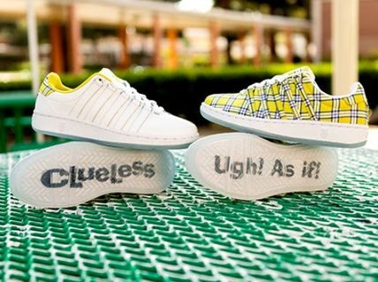 Unisex Street Style Oversized Logo Low-Top Sneakers