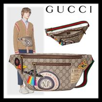 GUCCI GG Supreme Street Style Bags