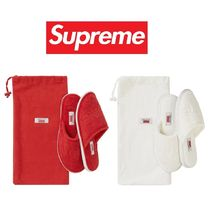Supreme Unisex Street Style Collaboration Travel Accessories