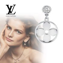 Louis Vuitton Idylle Blossom Ear Stud White Gold And Diamond