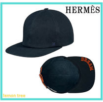 HERMES Street Style Beret & Hunting Hats