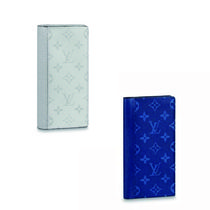 Louis Vuitton Monogram Street Style Leather Folding Wallets