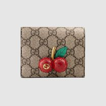 GUCCI GG Supreme Gg Supreme Card Case Wallet With Cherries