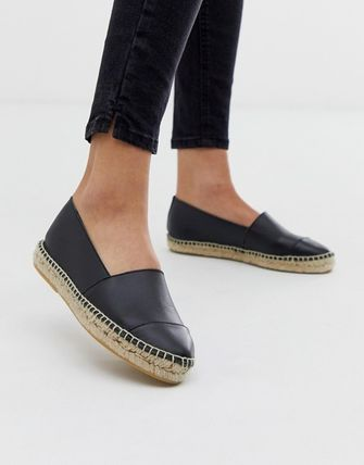Round Toe Casual Style Street Style Plain Leather Flats