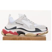 BALENCIAGA Triple S Casual Style Logo Low-Top Sneakers