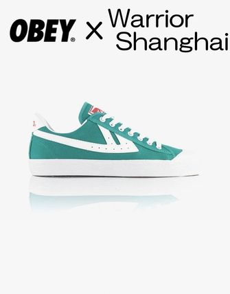Street Style Collaboration Logo Low-Top Sneakers