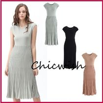 Chicwish Casual Style Sleeveless U-Neck Plain Medium With Jewels