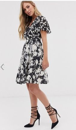 Flower Patterns V-Neck Short Sleeves Elegant Style Dresses